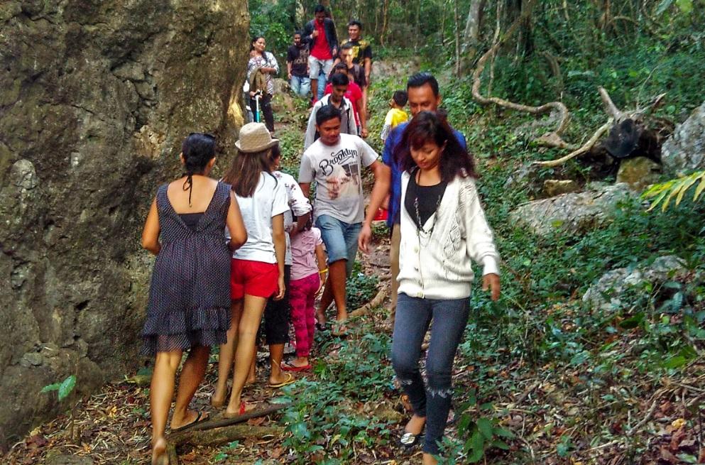 Hiking ke Gunung Fatuleu Kupang
