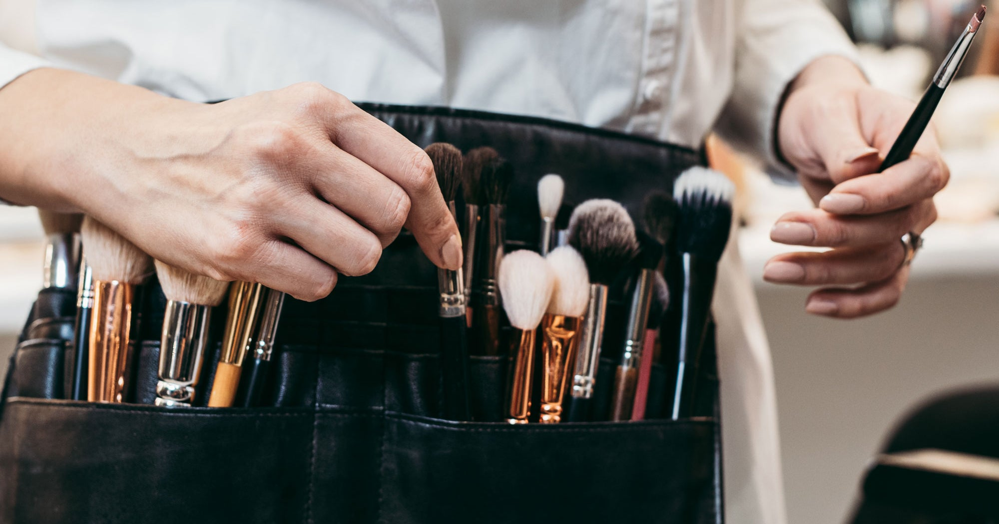 how to choose right make up artist