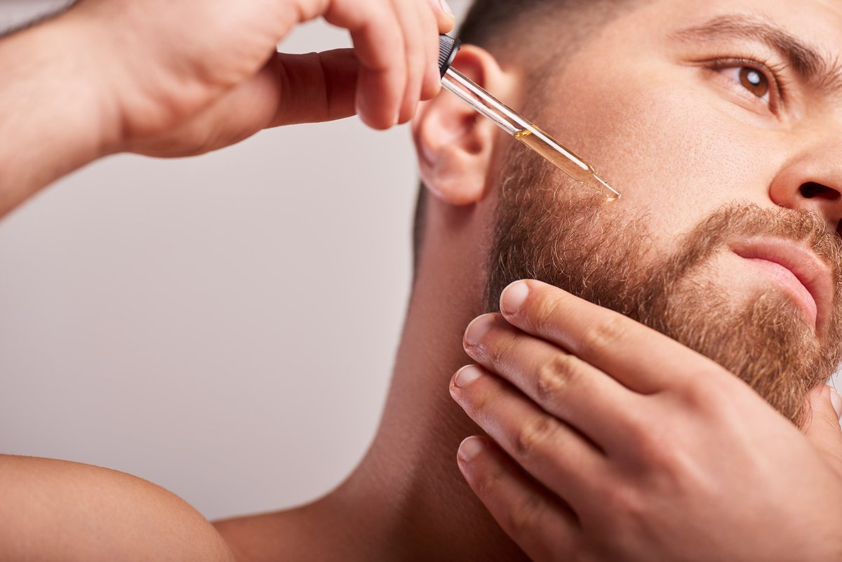 Your daily beard care in some easy steps.